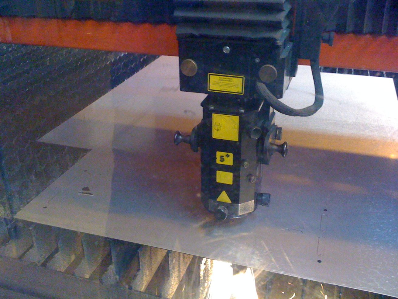 laser cutters isere